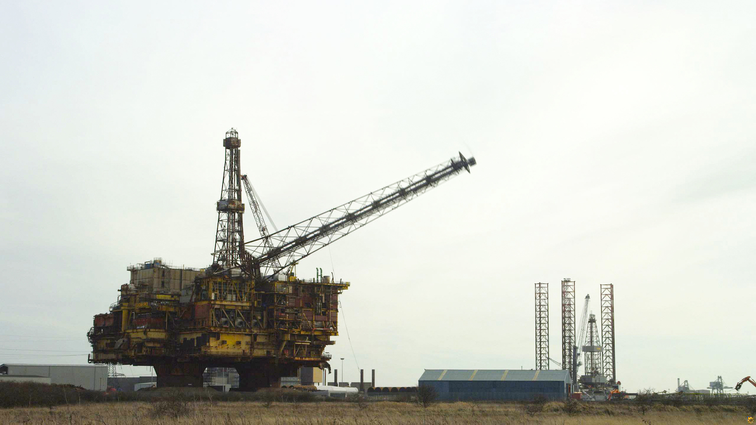 Shell Brent Delta Flare Tower Removal at ASP - 21st February 2018